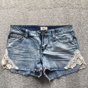 LOST SHINE ON LACE DENIM SHORTS